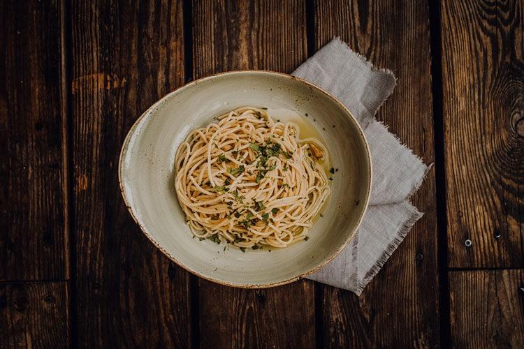 Pasta Spaghetti Alio e Olio Pizzeria Freudenstadt